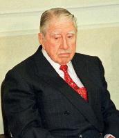 칠레의 전 독재자 아우구스토 피노체트, 영국경찰에 전격 체포